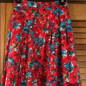 Talbot's Size 14WP Red Floral Pleated skirt